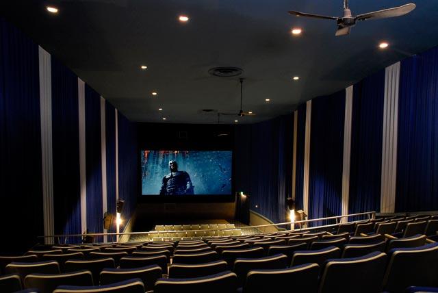 Strand Theatre Kendallville Auditorium Image 2